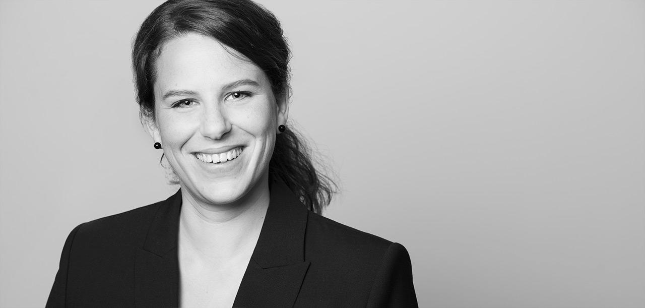 Businessfoto Bewerbungsfoto Portrait Berlin Kreuzberg Lotte Ostermann