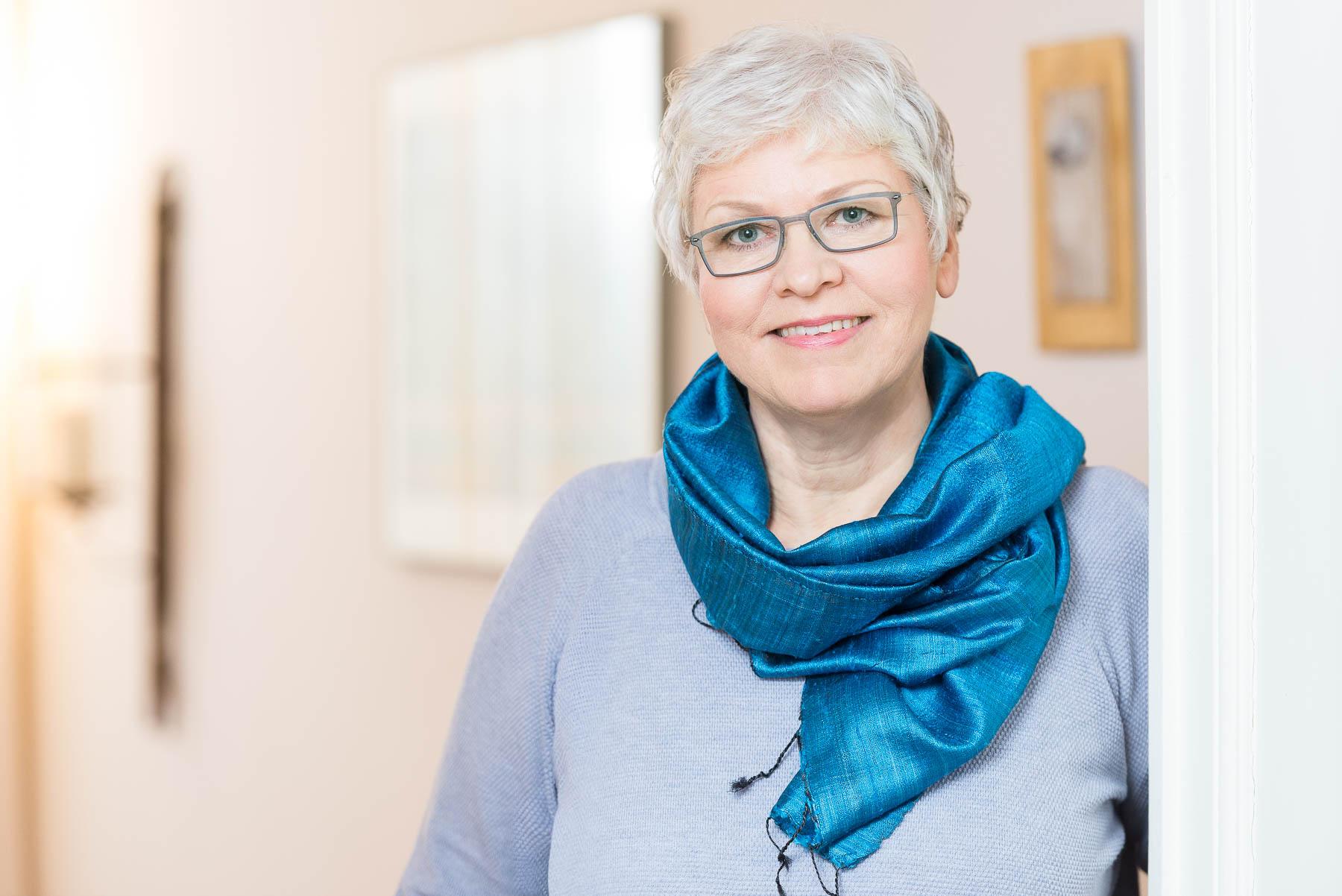Portraits für Selbständige Businessfotos Lotte Ostermann Berli